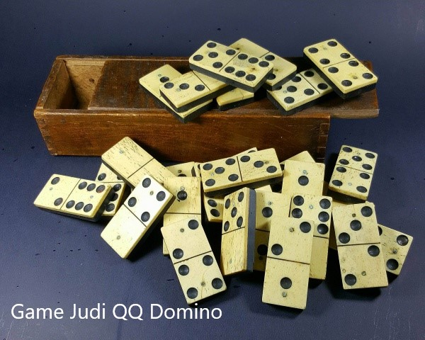 Game Kartu Domino QQ